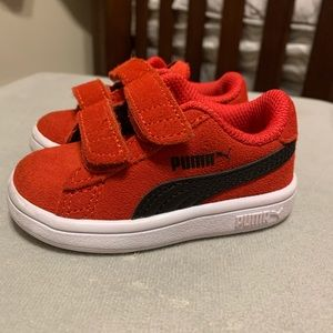 Puma red sneakers 3
